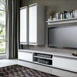 Zárukou poriadku sú obývacie steny asprávne zvolený nábytok do obývačky